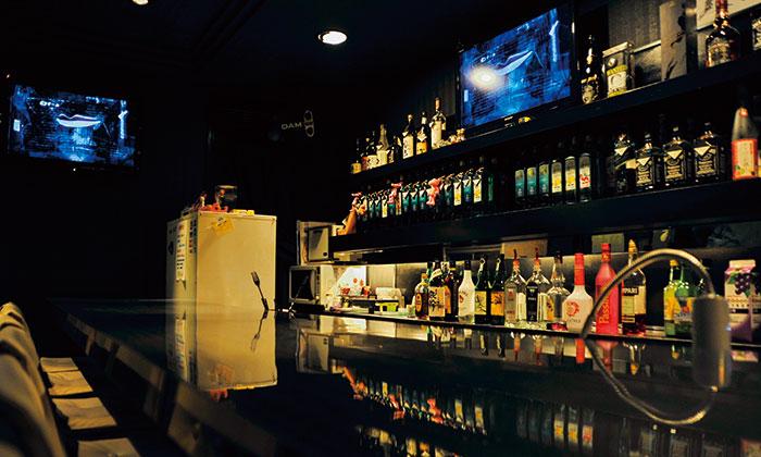 Bar HIT